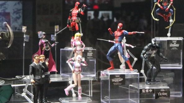 Medicom Mafex Deadpool Venom And Evil Gwenpool At Summer
