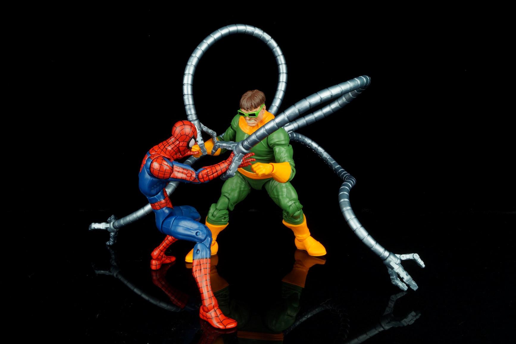 Marvel Legends Doctor Octopus Review | The Fwoosh