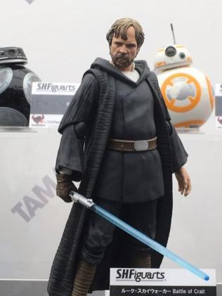 Tokyo Comic Con Bandai SH Figuarts Star Wars The Last Jedi Crait Luke Skywalker 01