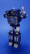 Hasbro Transformers Siege Soundwave Alternate Transformations 01