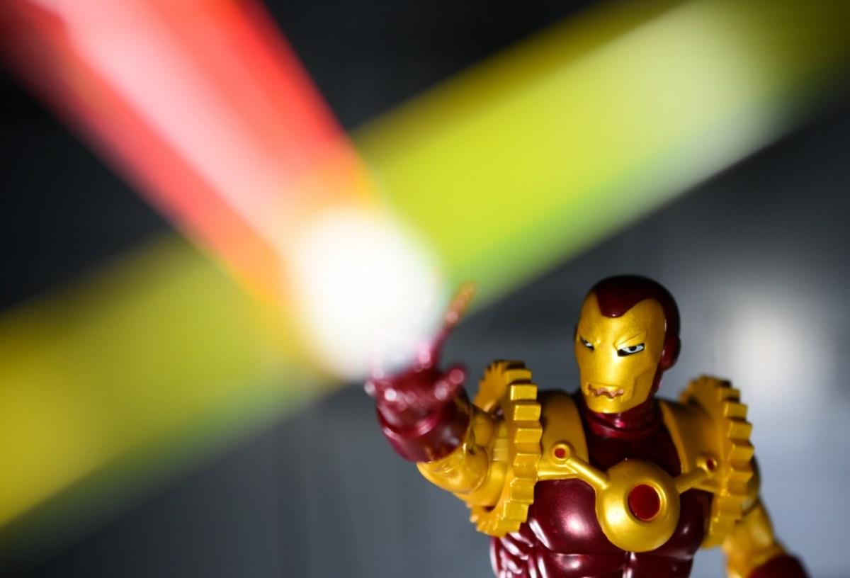 RARE Hasbro Marvel Legends Walgreens EXCLUSIVE Iron Man 2020