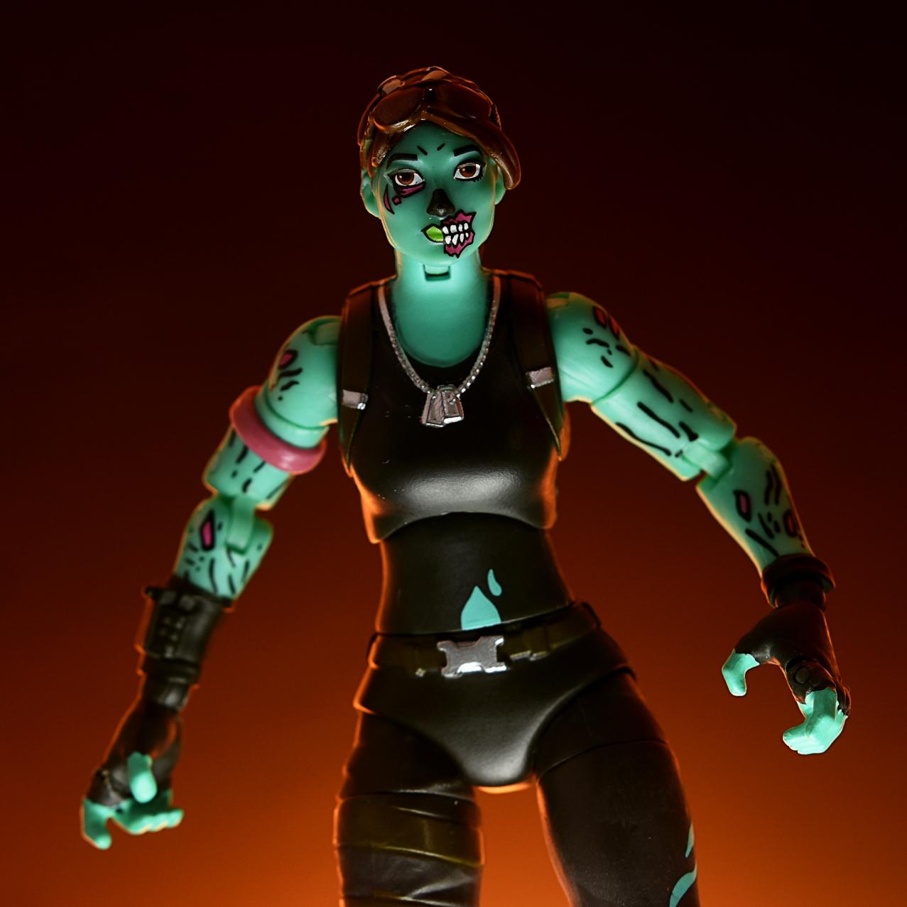 Jazwares: Fortnite Legendary Series Ghoul Trooper | Fwoosh