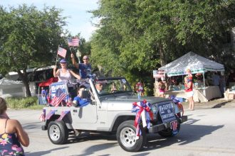The Gulfport Chamber of Commerce float