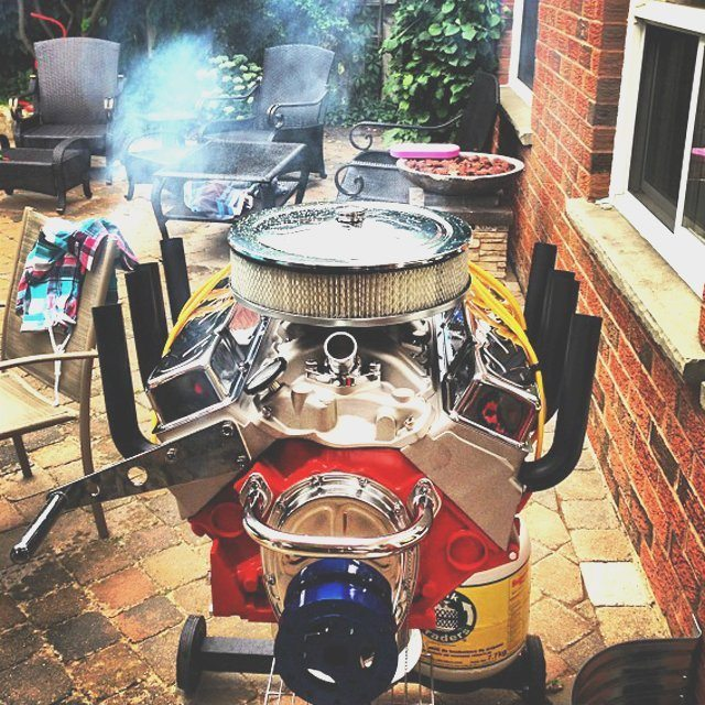V8 Engine Bbq Grill by Hot Rod Grills  Review