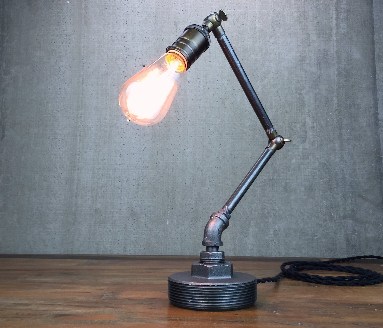 Articulating Edison Table Lamp