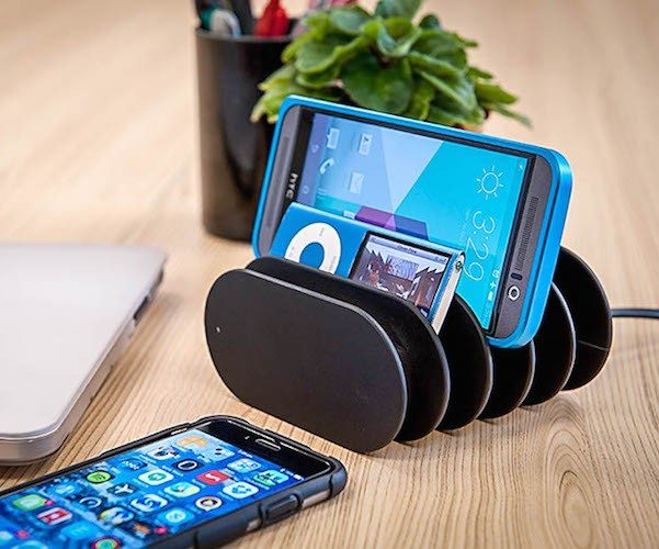 Fishbone Charging Station Tidy Up And Charge Up Review