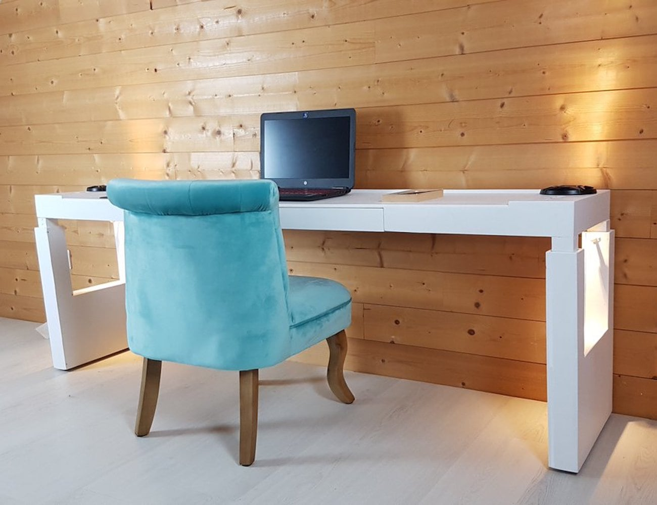 bedchill overbed rolling table
