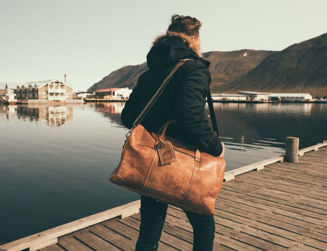 Kodiak Leather 30L Weekender Leather Duffel Bag