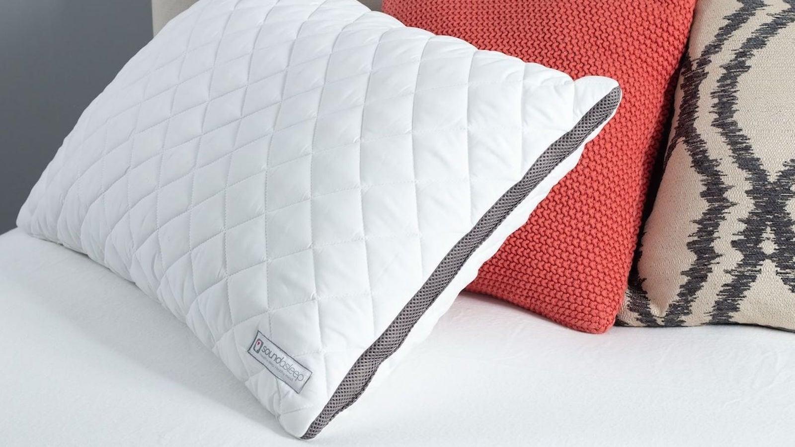 soundasleep bluetooth speaker pillow monitors your sleeping patterns