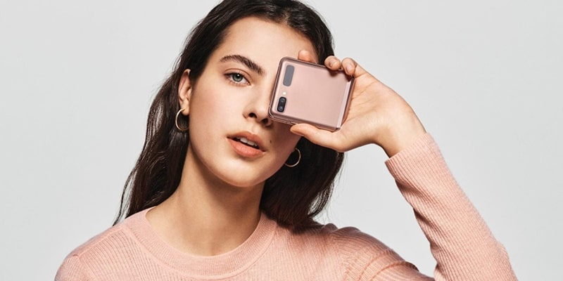 Samsung Galaxy Z Flip 5G Foldable Smartphone
