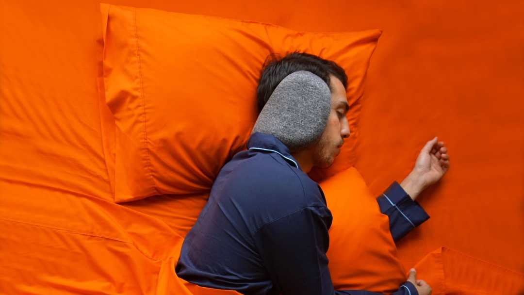 SleepMuffs by Blisstil Sound Blocking Neck Pillow