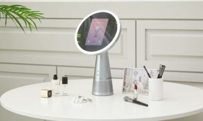 Zmirror all-in-one smart mirror