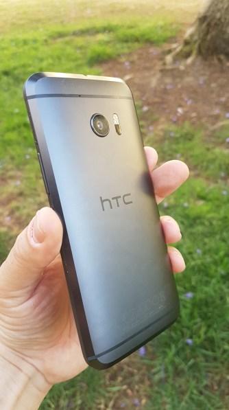 HTC 10 -3