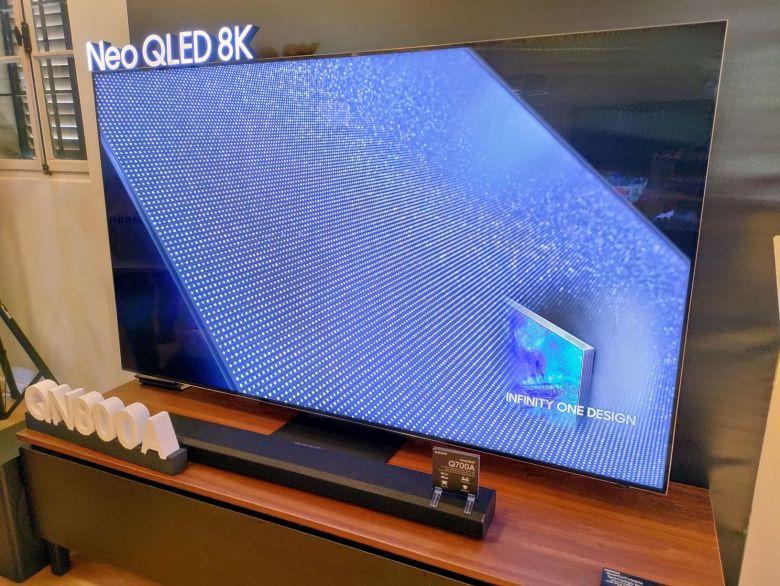 סמסונג QN800A. צילום צחי הופמן