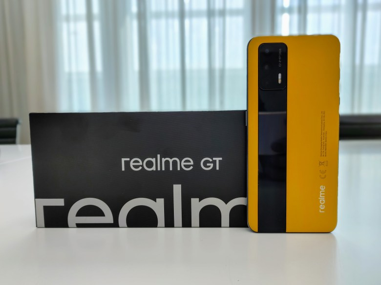 realme GT 5G. צילום צחי הופמן