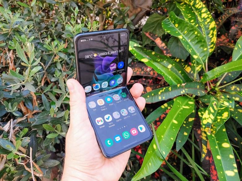 סמסונג Galaxy Z Flip 3. צילום צחי הופמן