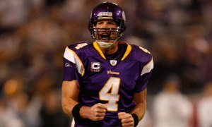 Brett-Favre-of-the-Minnes-001