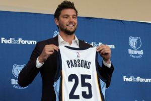 Chandler Parsons is once again set to miss time with a knee injury. (Aimee Stiegemeyer)