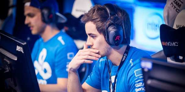 Seangares has fallen a long way since leaving C9, which at one point was a Tier 1 team under his guidance. Now he plies his trade with Echo Fox, a lineup that has yet to prove any real results. Photo courtesy Daily Dot.