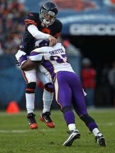 (http://www.zimbio.com/photos/Jay+Cutler/Everson+Griffen/Minnesota+Vikings+v+Chicago+Bears/0PU6dRVvUlt)
