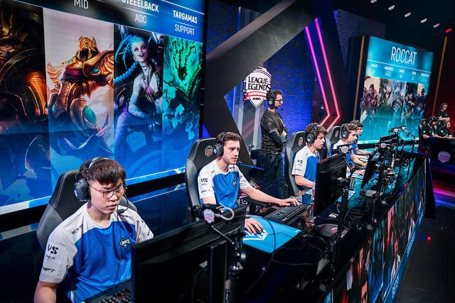 EU LCS and NA LCS have slightly different champion prioritization in the 2018 Spring Split