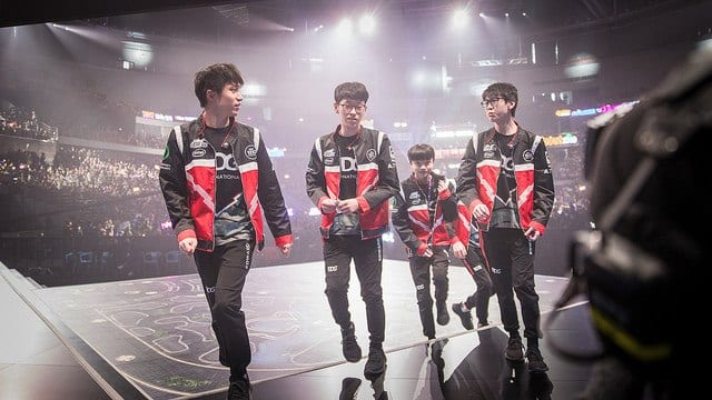 EDG will play Infinity Esports and Dire Wolves in Group A of the Play-In stage
