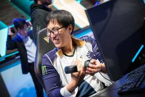 Doublelift is the frontrunner in a tight MVP race in the LCS