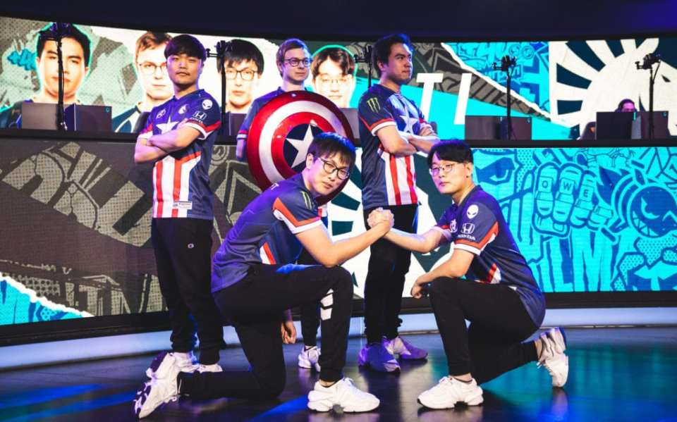 As the LCS gets interesting, take a look at the best team's chances at winning in Week 7