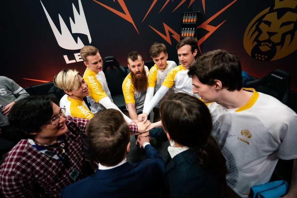 MAD Lions after their win against FNC