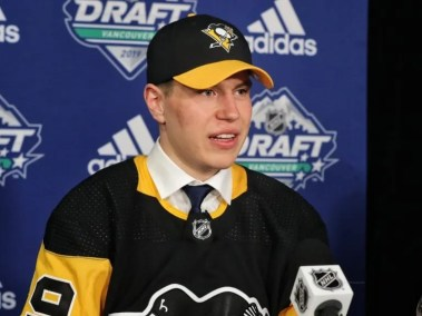 Samuel Poulin could make his debut this season, and it would be a smart move for the Pittsburgh Penguins