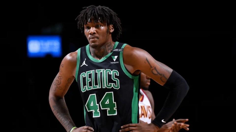 Celtics Re-sign Robert Williams