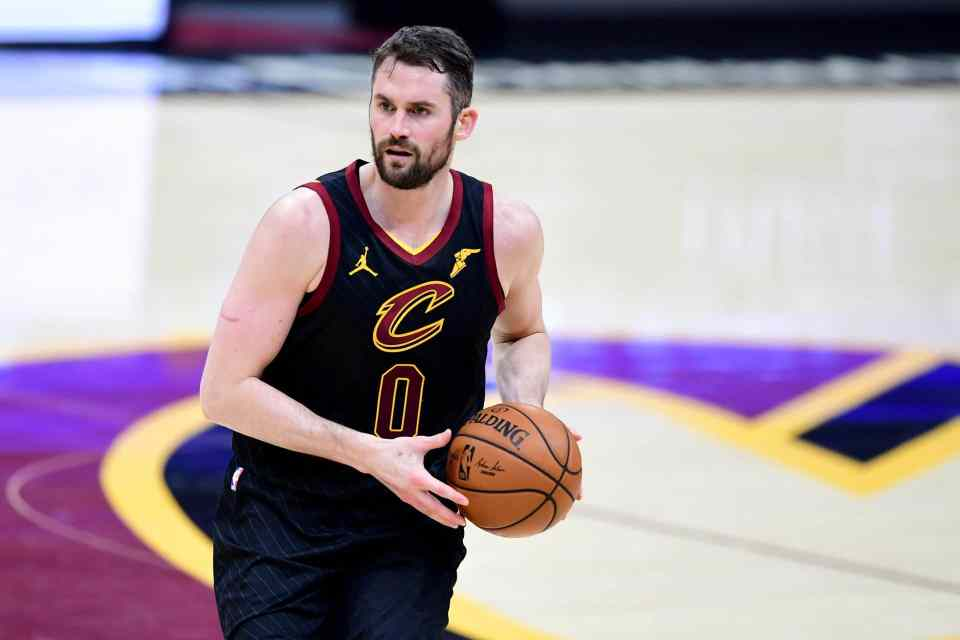 Cavaliers' Kevin Love Needs to be a Great Leader this Season