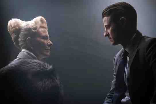 Gotham_SCN24_JN0398_f_hires2