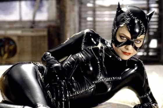 23-michelle-pfeiffer-catwoman