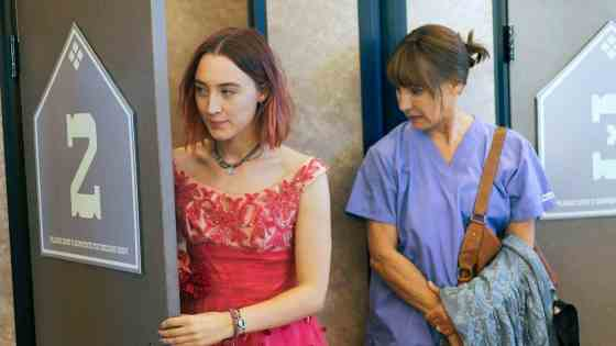 ct-ae-laurie-metcalf-lady-bird-1119