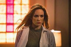 Caity Lotz as Sara Lance/White Canary. Photo courtesy of DC Legends TV.