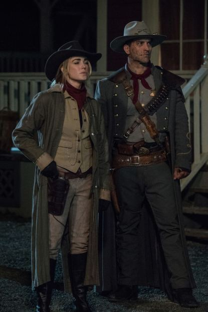 Caity Lotz as Sara Lance/White Canary (left) and Johnathon Schaech as Jonah Hex (right). Photo courtesy of DC Legends TV.