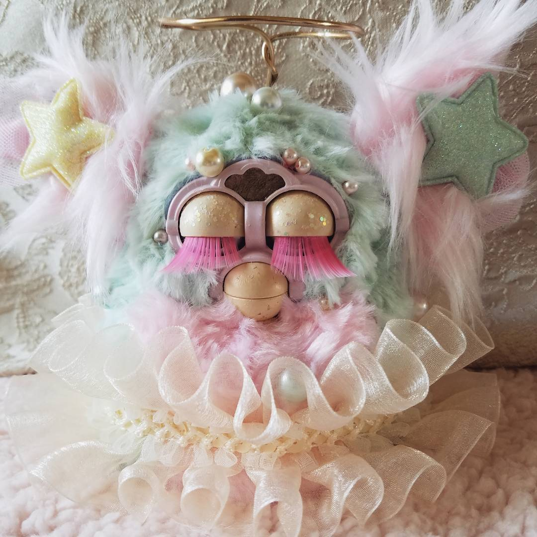 The Fabulous Furby Fandom - The Game of Nerds