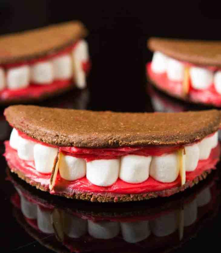 tgon-bakes-hotel-transylvania-3-summer-holiday-vampire-cookies