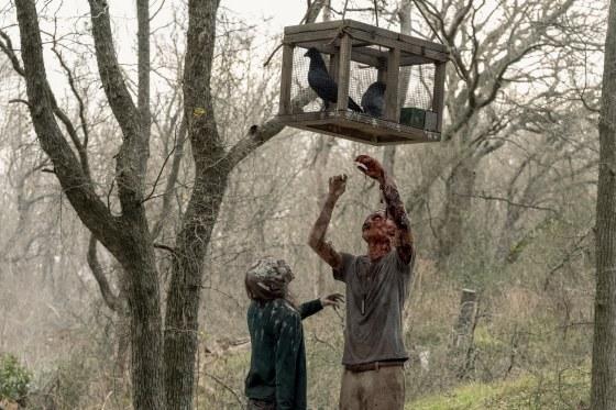 Fear the Walking Dead _ Season 5, Episode 2 - Photo Credit: Ryan Green/AMC
