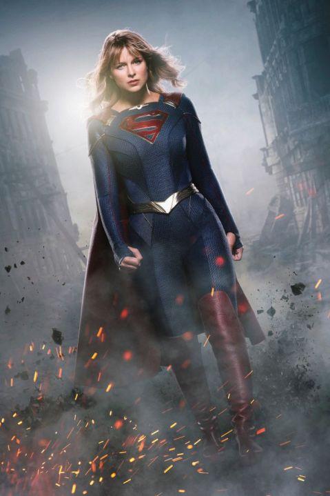 supergirl-supersuit-sm