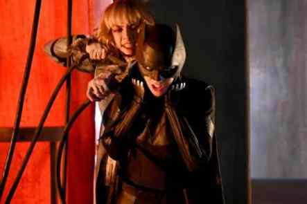 Batwoman-images-12-600x399