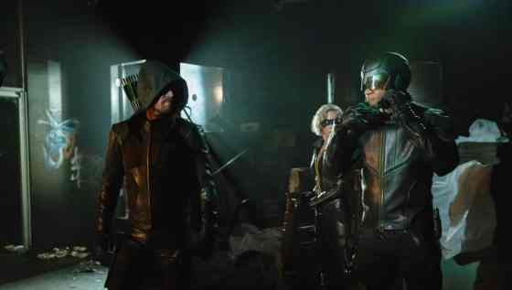 arrow-season-8-team-arrow.jpg