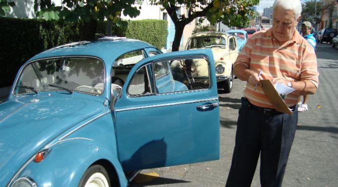 Veja Como Tirar a Placa Preta de um Carro Antigo