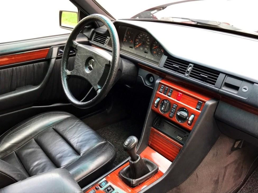 1991-Mercedes-benz-300TE-thegarage-15
