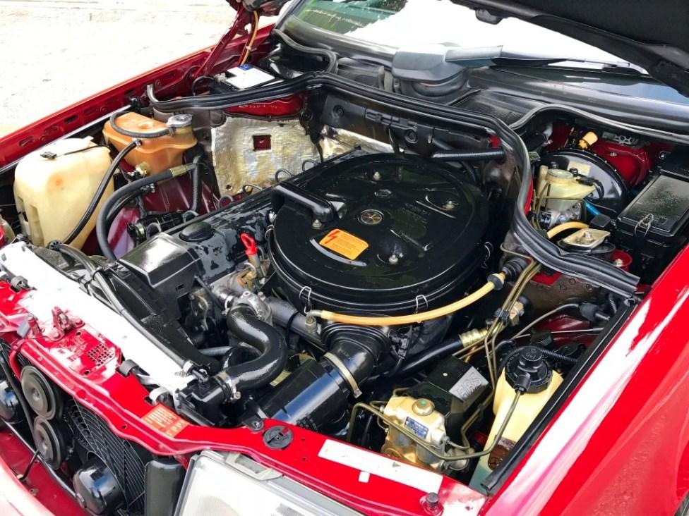 1991-Mercedes-benz-300TE-thegarage-49