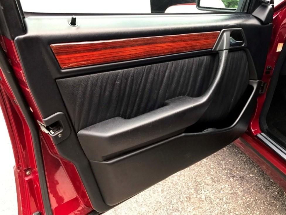 1991-Mercedes-benz-300TE-thegarage-40