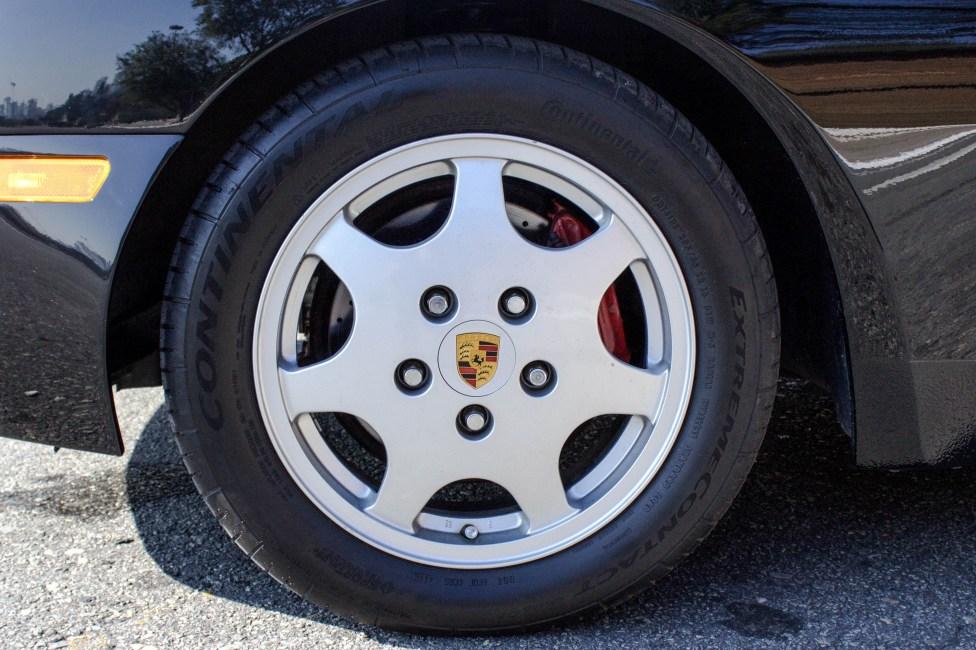 pneu porsche 944 turbo