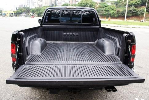 1994 Dodge Ram 1500 V8 a venda na The garage loja de carros antigos