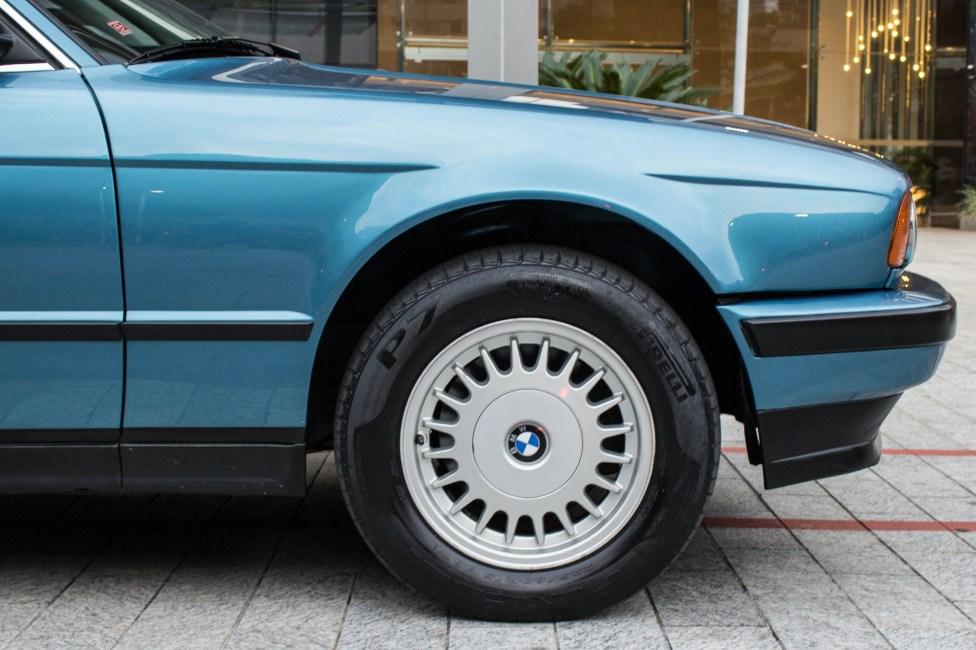 1993-BMW-525i-touring-e34-especialista-em-BMW-the-garage